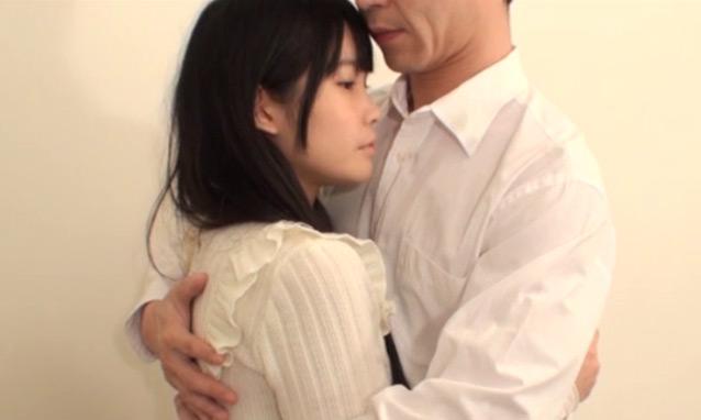 hug894